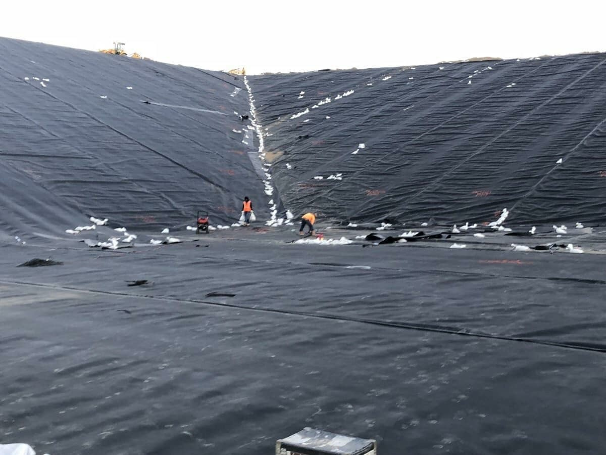 bạt HDPE làm hầm Biogas